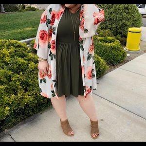 💐 Kimono Gorgeous Ivory Floral swim suit Cover